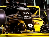 Renault wants 'stable base' from RS16