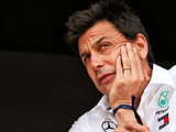 Wolff opposed to scrapping Friday practices