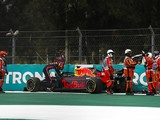 "Albon's recent run of ""pushing crashes"" in F1 denting his confidence"