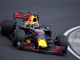 Ricciardo leads eventful Hungary FP2 as Wehrlein crashes hard