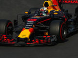 P2: Ricciardo tops close fight