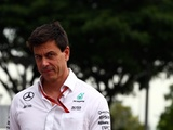 Wolff sets aggressive targets for Mercedes