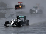 Wolff heaps praise on Hamilton's skill in the rain