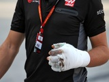 Grosjean reveals extent of hand injuries