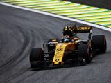 "Carlos Sainz Jr.: ""Points are definitely the target tomorrow"""