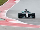 Hamilton's sole FP2 lap leaves him a second clear in wet session