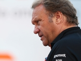 Fernley keeping a keen eye on McLaren and STR