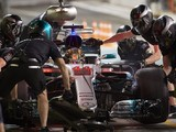 Formula 1 set to return to two-stop grands prix in 2018