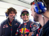 Tost happy to retain Sainz and Kvyat for 2018