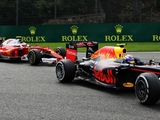 Alonso defends Max's driving at Spa