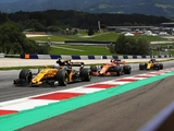 Renault 'are not afraid of McLaren'