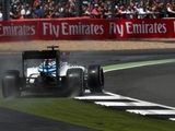 Williams drivers pin struggles on tyres