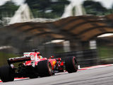 Dry conditions see Ferrari go fastest in FP2