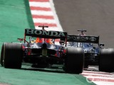 Verstappen: Understandable Mercedes staff want new F1 challenge with Red Bull
