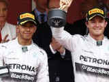Rosberg and Mercedes agree 'multi-year' extension