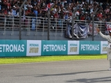 Hamilton hails turnaround after taking pole