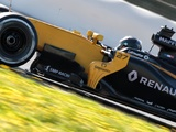 Hulkenberg settled at Renault, wary of early pecking order