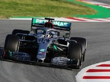 Barcelona F1 testing: Hamilton fastest, Mercedes dominates day one