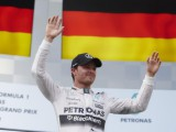 Rosberg urges Mercedes to improve communication