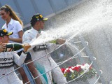 Hamilton's title experience not a concern - Rosberg