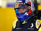Sirotkin gets FP1 run-out for Renault, replacing Palmer