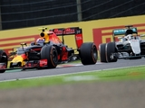 FIA acts to stop moving under braking