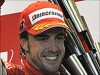 Flawless Alonso wins in Singapore