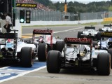 Lotus: F1 must 'review business model'