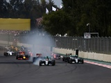 Hamilton inches closer to Rosberg, explains T1 error