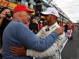 F1 champion Hamilton found comfort in old Lauda text messages