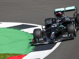 Hamilton struggles with Mercedes balance at scorching, windy Silverstone