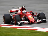 Malaysian GP: Raikkonen edges Vettel in final practice