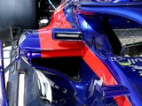 Toro Rosso adds Ferrari-style channelled mirrors for British GP