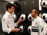 Wolff has 'zero problem' with Hamilton's Ferrari talks