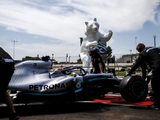 Qualy: Hamilton on pole as Vettel stutters