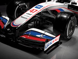 Schumi downplays Russian colours: It's the team colours
