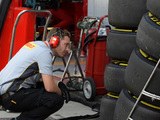 Ferrari opts for aggressive Singapore Grand Prix tyre strategy