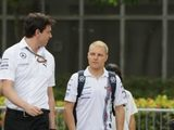 One-year contract not down to lack of faith in Bottas – Wolff