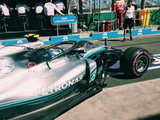 Mercedes serve notice of intent in opening session