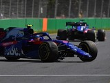 Albon: Australia FP1 crash result of inexperience, 'too hot' tyres