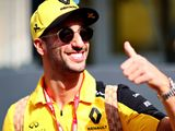 Ricciardo finds Renault breakthrough