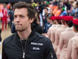 Jolyon Palmer happy to wait for Renault decision