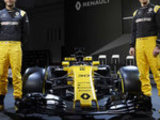 Renault can 'dream of podium'
