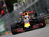 Ricciardo on his 'kiss' against the Wall of Champions