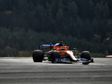 Sainz frustrated by difficulties with McLaren upgrades