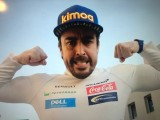 Pit Chat: Alonso shows one last middle finger to F1