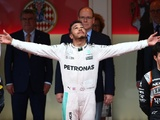 Hamilton plays down justice win after difficult start