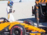 Daniel Ricciardo quickest as McLaren problems persist