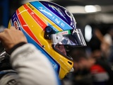 Alonso eyeing 'free positions' if rivals clash on lap one