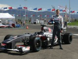 Sirotkin conducts F1 demo with Sauber